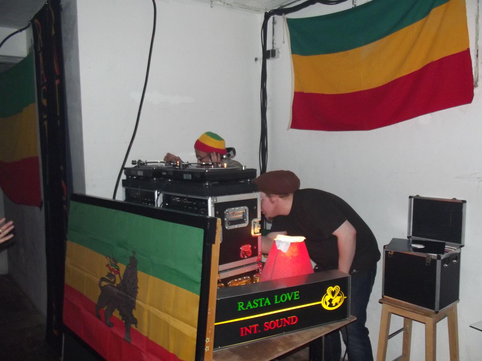 Rasta Love Int. + SlamJam @ Vondelbunker